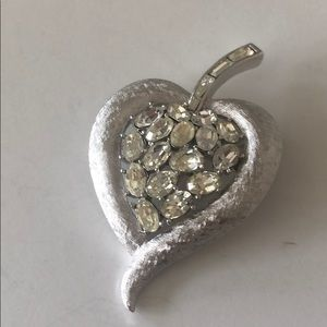 Crown Trifari silver tone rhinestone brooch